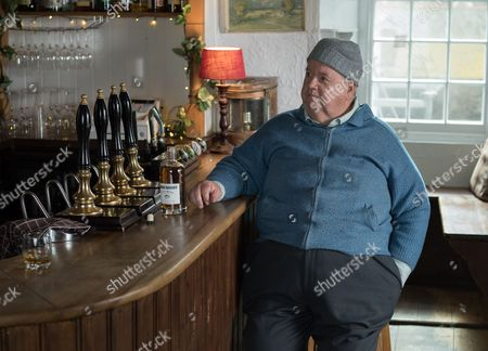 Stock Picture of (SR8: Ep3) - Ian McNeice as Bert Large.