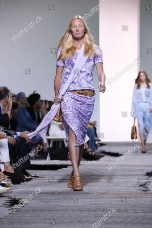 Stock Image of Maggie Rizer on the catwalk