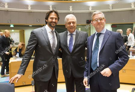 (L-R) Slovak Interior Minister Robert Kalinak, EU Commissioner for migration and home affairs Dimitris Avramopoulos, European Commissioner for Security Union Julian King pose during a Justice and Home Affairs Council in Brussels, Belgium, 14 September 2017.  The Justice and Home Affairs Council has to develop cooperation and common policies on various cross-border issues, with the aim of building an EU-wide area of freedom, security and justice.