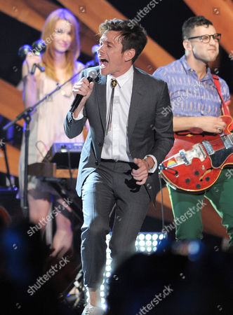Nate Reuss performs onstage during the 2012 Do Something awards on in Santa Monica, Calif