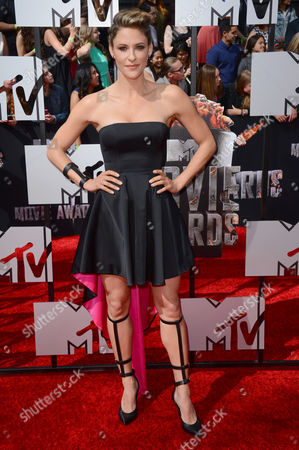 Jill Wagner arrives at the MTV Movie Awards, at Nokia Theatre in Los Angeles