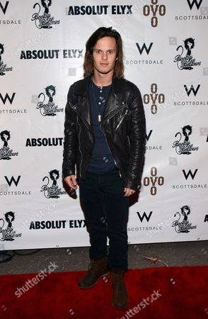 David Hudson arrives at the Pop Up Boosty Bellows at W Scottsdale hosted by Drake on in Scottsdale, Ariz