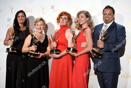 "Jodi Mancuso, from left, Inga Thrasher, Jennifer Serio Stauffer, Cara Hannah Sullivan, and Joe Whitmeyer, winners of the award for hairstyling - multi cam for Saturday Night Live"" pose in the press room at the Creative Arts Emmy Awards at the Microsoft Theater, in Los Angeles"