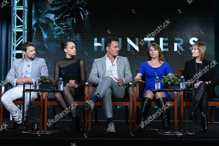 """Actors Nathan Phillips, from left, Britne Oldford, Julian McMahon, executive producers Natalie Chaidez and Gale Anne Hurd participate in Syfy's """"Hunters"""" panel at the NBCUniversal Winter TCA, Pasadena, Calif"""