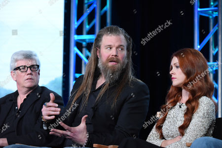 """Executive producer Peter Tolan, from left, Ryan Hurst and Gillian Alexy participate in the panel for """"Outsiders"""" at the WGN America 2016 Winter TCA, in Pasadena, Calif"""