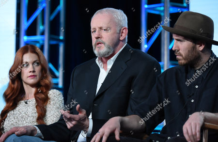 """Gillian Alexy, from left, David Morse and Thomas M. Wright participate in the panel for """"Outsiders"""" at the WGN America 2016 Winter TCA, in Pasadena, Calif"""