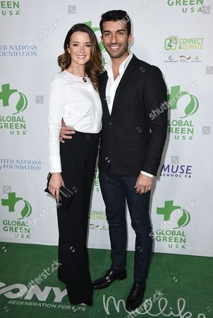 Justin Baldoni, right, and Emily Foxler arrive at the Global Green 13th annual pre-Oscar party at Mr. C Beverly Hills on in Los Angeles