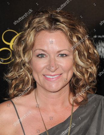 Comedian Sarah Colonna arrives at the Gracie Awards Gala on in Los Angeles, Calif