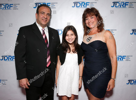 David Marks, Madison Marks and Nancy Marks attend the JDRF LA's 10th Annual Finding A Cure: The Love Story Gala at the Hyatt Regency Century Plaza on in Century City, California