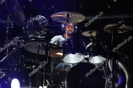 Rob Bourdon of Linkin Park performs on opening night of the Carnivore Tour at the Cruzan Amphitheater on in West Palm Beach, Florida