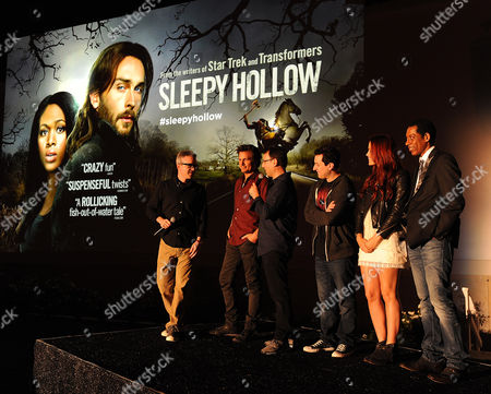 Left to right) Executive Producers Alex Kurtzman, Len Wiseman, Mark Goffman, Phillip Iscove, and actors Katia Winter and Orlando Jones attend a special outdoor premiere screening of FOX's 'Sleepy Hollow' at the Hollywood Forever Cemetery in Hollywood, California