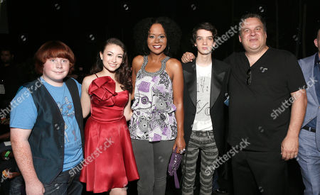 """AUGUST 05: (L-R) Tucker Albrizzi, Jodelle Ferland, Tempesst Bledsoe, Kodi Smit-McPhee and Jeff Garlin attend the pre-party to the world premiere of """"Paranorman"""" at the Globe Theater on in Universal City, Calif"""
