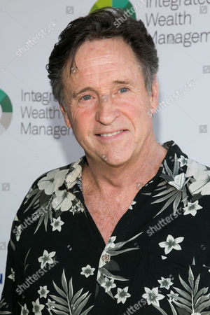 Robert Hays attends at The Screen Actors Guild Foundation's 6th Annual Los Angeles Golf Classic, in Burbank, Calif