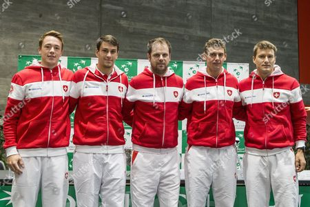 (L-R) Swiss Davis Cup Team's players Adrian Bodmer, Luca Margaroli, Swiss Davis Cup Team's captain Severin Luethi, Swiss Davis Cup Team's players Henri Laaksonen and Marco Chiudinelli, pose during the draw ceremony for the Davis Cup world group playoffs between Switzerland and Belarus in Biel, Switzerland, 14 September 2017.