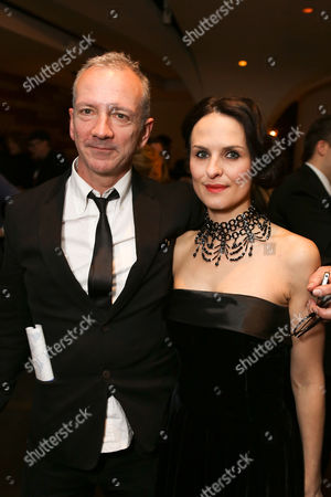 """From left, """"Backbeat"""" writer Iain Softley and cast member Leanne Best (plays Astrid Kirchherr) pose during the party for the opening night performance of """"Backbeat"""" at the Center Theatre Group/Ahmanson Theatre on in Los Angeles, Calif"""