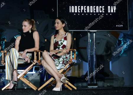 """Maika Monroe and Grace Huang seen at the """"Independence Day Resurgence"""" Global Production Event, in Albuquerque, New Mexico"""