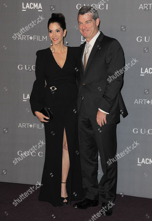 Jami Gertz, left and guest arrive at the 2012 ART + FILM GALA hosted by LACMA, in Los Angeles