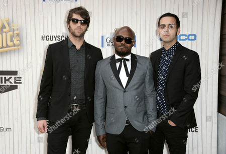 From left, Spencer Page, Kelvin Swaby and Chris Ellul, of musical group The Heavy, arrive at Spike TV's Guys Choice Awards at Sony Pictures Studios, in Culver City, Calif