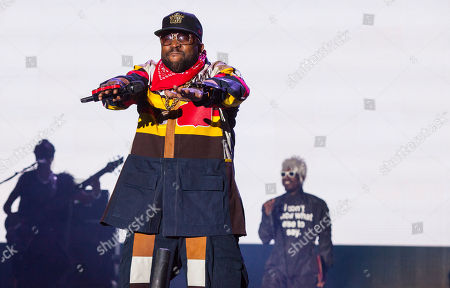 """Antwan """"Big Boi"""" Patton and Andre """"Andre 3000"""" Benjamin of Outkast perform at the Voodoo Music Experience, in New Orleans"""