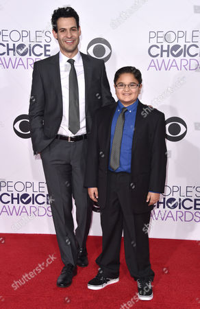 Andrew Leeds, from left, and Jacob Guenther arrive at the People's Choice Awards at the Nokia Theatre, in Los Angeles