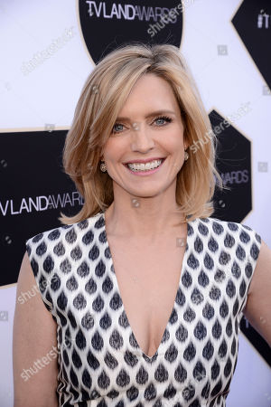 Courtney Thorne-Smith arrives at the TV Land Awards at the Saban Theatre, in Beverly Hills, Calif