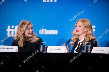 """Chloe Grace Moretz, left, and Susannah Cahalan attend the press conference for """"Brain on Fire"""" on day 9 of the Toronto International Film Festival at the TIFF Bell Lightbox, in Toronto"""