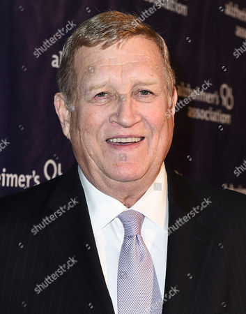 """Ken Howard arrives at the 23rd annual """"A Night at Sardi's"""" to benefit the Alzheimer's Association at the Beverly Hilton Hotel, in Beverly Hills, Calif"""