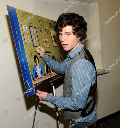 """MARCH 26: Actor Charlie McDermott attends the Academy of Television Arts & Sciences Presents an Evening with """"The Middle"""" on in North Hollywood, California"""