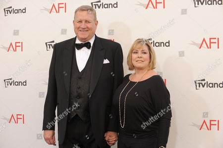 SAG president Ken Howard and Linda Fetters arrive at the AFI Life Achievement Award Honoring Shirley MacLaine at Sony Studios on in Culver City, Calif. The AFI Lifetime Achievement Honoring Shirley MacLaine airs on June 24, 2012 at 9pm on TV Land