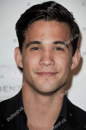 Dez Duron arrives at the Beverly Hills Lifestyle Magazine's 5th Anniversary at the Riveria 31 Lounge on in Los Angeles