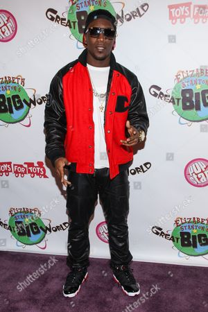 Recording artist Iyaz arrives at Elizabeth Stanton's 18th birthday benefiting Toys for Tots at Belasco Theatre on in Los Angeles