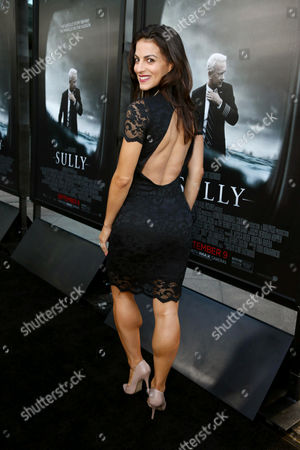 """Stock Image of Renee Marino seen at the Los Angeles Industry Screening of Warner Bros. Pictures and Village Roadshow Pictures """"Sully"""" at The DGA Theater, in Los Angeles"""