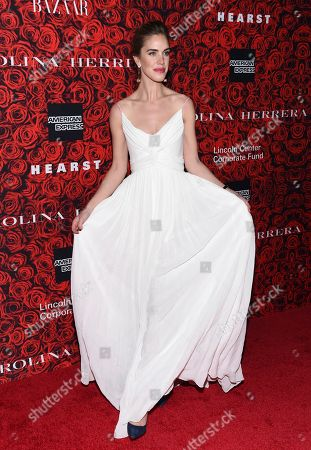 Julia Loomis attends the Lincoln Center Corporate Fund Gala honoring Carolina Herrera at Alice Tully Hall, in New York
