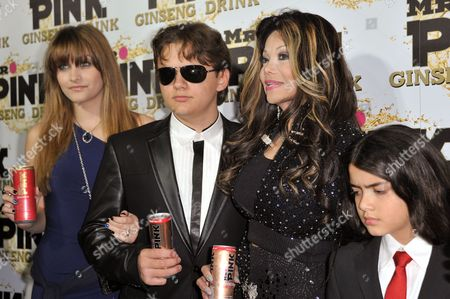 From left, Paris Jackson, Prince Jackson, La Toya Jackson, and Blanket Jackson attend the Mr. Pink Ginseng launch party at the Beverly Wilshire hotel, in Beverly Hills, Calif