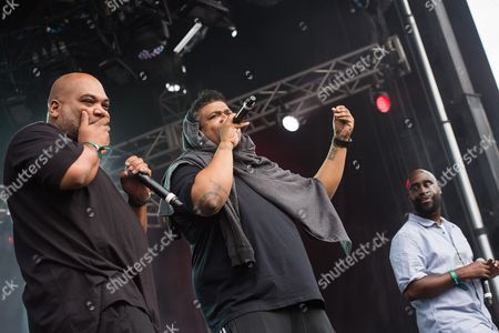 """Shows Vincent Mason, left, David Jude Jolicoeur and Kelvin Mercer from the band De La Soul performing on day two of the Governors Ball Music Festival in New York. Twenty-five years after releasing the mercurial classic """"De La Soul is Dead,"""" the Strong Island trio of Pos, Dave and Maseo return with """".and the Anonymous Nobody"""" â?"""" a modern treatise of anti-establishment hip-hop"""