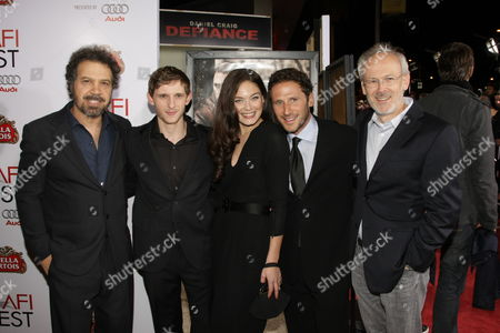 NOVEMBER 09: Producer/Director/Writer Ed Zwick, Jamie Bell, Alexa Davalos, Mark Feuerstein and Producer Pieter Jan Brugge at Paramount Vantage Premiere of 'Defiance' at the 2008 AFI Fest Closing Night Gala on at the Cinerama Dome in Hollywood, CA