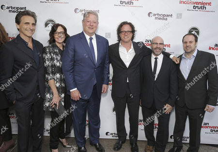 "Producer Lawrence Bender, Co-Producer Lesley Chilcott, Former Vice President Al Gore, Exec. Producer/Director Davis Guggenheim, Producer Scott Z. Burns and Founder & Chairman - Participant Media and Exec. Producer Jeff Skoll seen at Participant Media 10 Year Anniversary Celebration of ""An Inconvenient Truth"", in Los Angeles, CA"
