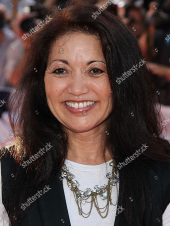 "ภาพสต็อกของ Cast member Karen Maruyama attends the premiere for ""The Campaign"" at Grauman's Chinese Theatre, in Los Angeles. ""The Campaign"" opens in theaters Aug. 10, 2012"