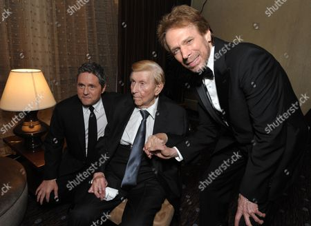 From left, Brad Grey, chairman and CEO of Paramount Pictures Corporation, Sumner Redstone, chairman and CEO of Viacom, and Jerry Bruckheimer attend the presentation of the 27th Annual American Cinematheque Award to Jerry Bruckheimer, in Beverly Hills, Calif