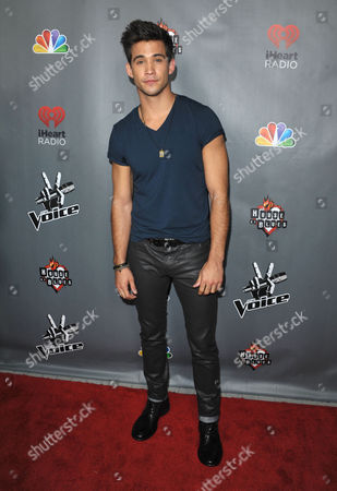 """Dez Duron attends a red carpet event for """"The Voice"""" Season 3 in Los Angeles on"""