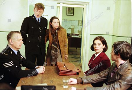 Stock Image of Philip Franks (as Sergeant Craddock), Mark Jordon (as PC Phil Bellamy), Michelle Totton (as Karen Gibbs), Fiona Dolman (as Jackie Bradley) and Joel Parry (as Simon Cutler)