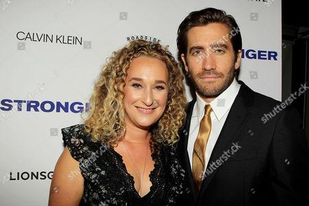 Riva Marker and Jake Gyllenhaal
