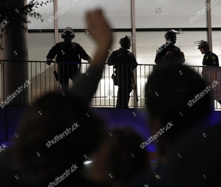 Berkeley Police in riot gear secure a building on the University of California Berkeley campus, where conservative speaker Ben Shapiro is speaking in the Zellerbach Hall, at the UC Berkeley campus in Berkeley, California, USA, 14 September 2017