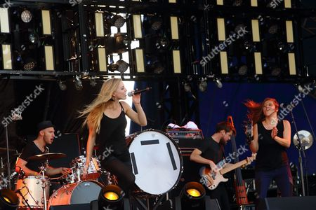 L-R Mike McKee, Brittany Holljes, Grant Emerson, Elizabeth Hopkins of Delta Rae performs on day 2 of the 2013 Voodoo Music + Arts Experience at City Park on in New Orleans Louisiana