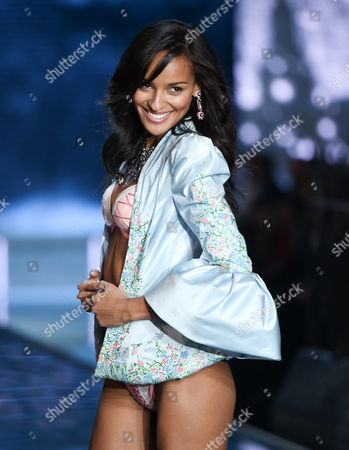 Model Gracie Carvalho walks the runway during the 2015 Victoria's Secret Fashion Show at the Lexington Armory, in New York. The Victoria's Secret Fashion Show will air on CBS on Tuesday, December 8th at 10pm EST