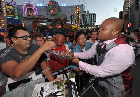 """IronE Singleton attends the premiere of """"The Walking Dead"""" at Universal Studios, in Los Angeles"""
