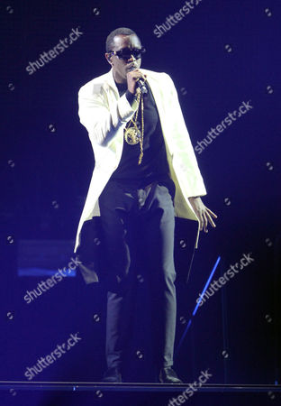 Sean John Combs Puff Daddy performs during the Bad Boy Family Reunion Tour at Philips Arena, in Atlanta