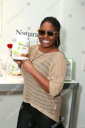 Shar Jackson at The Colgate Optic White Beauty Bar at The Selma House in Los Angeles