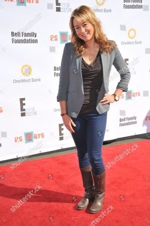 """Megyn Price attends the """"Express Yourself"""" creative arts fair at The Barker Hangar, in Santa Monica, Calif"""