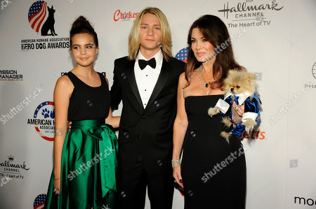 Bailee Madison, and from left, Lou Wegner, Lisa Vanderpump, and Giggy attend the American Humane Association's 4th Annual 'Hero Dog Awards'? at the Beverly Hilton Hotel, in Beverly Hills, Calif